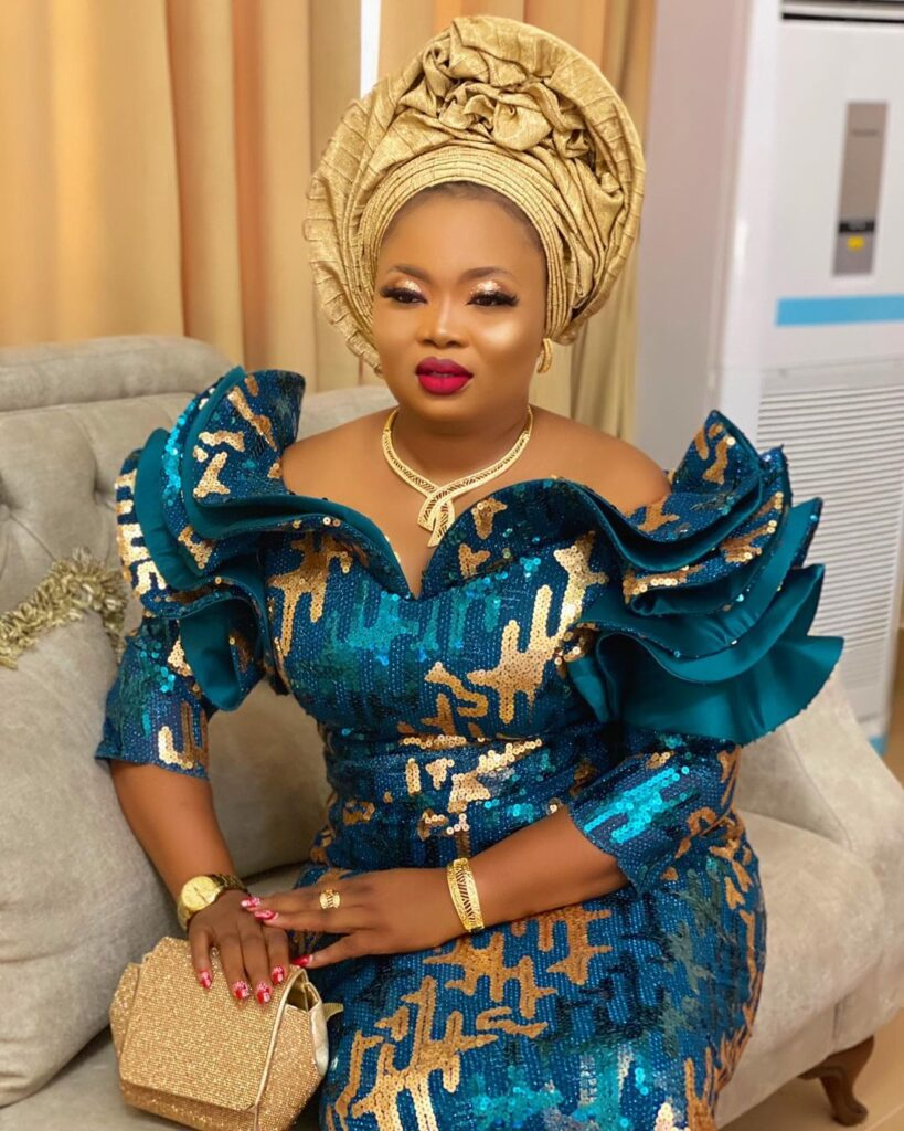 Trendy Asoebi For Ladies In 2021